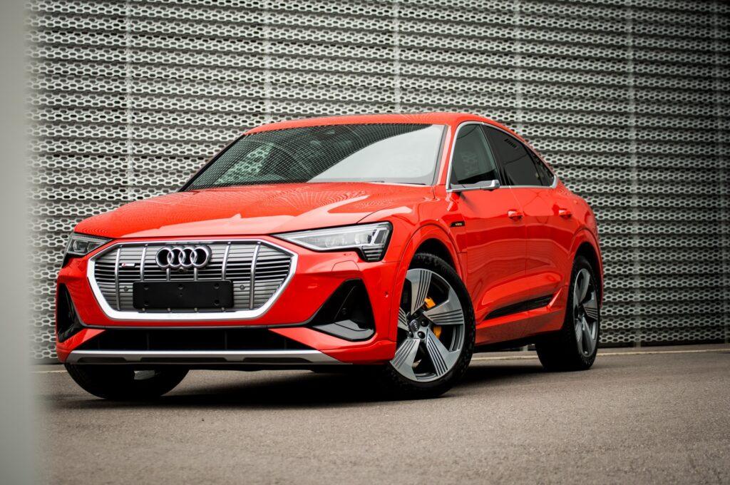 Trouver une borne pour recharger sa voiture électrique Audi